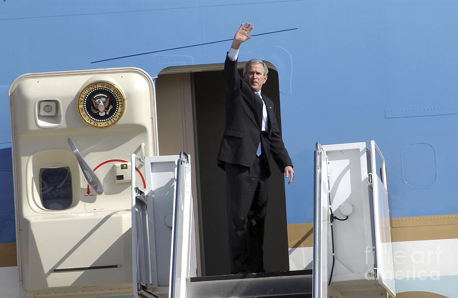 Color Image Photograph - President George Bush Waves Good-bye by Stocktrek Images