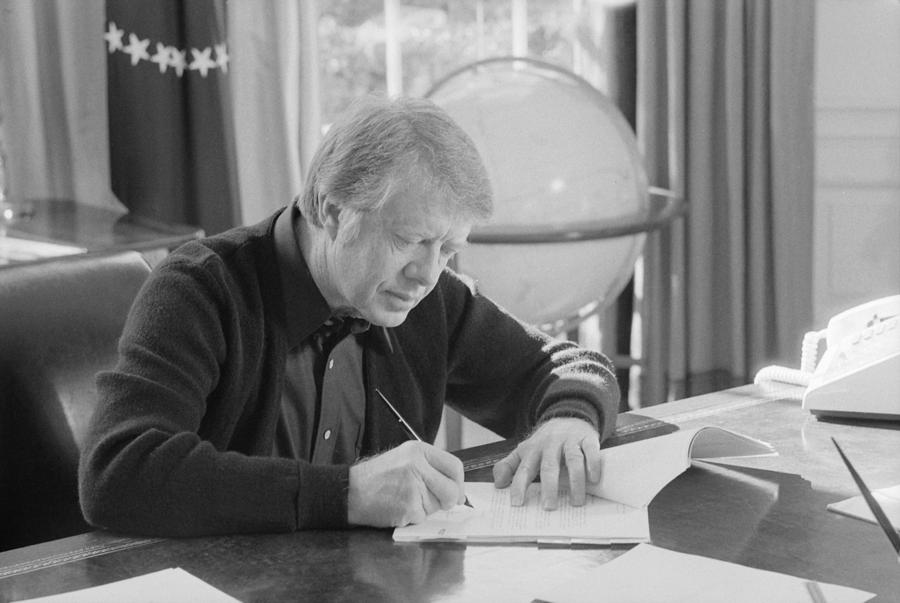History Photograph - President Jimmy Carter Working by Everett