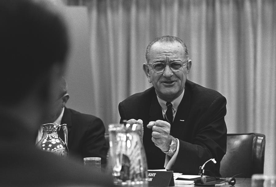 History Photograph - President Lyndon Johnson Gesturing by Everett