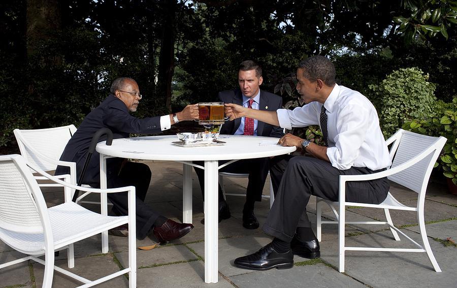 History Photograph - President Obama Professor Henry Louis by Everett