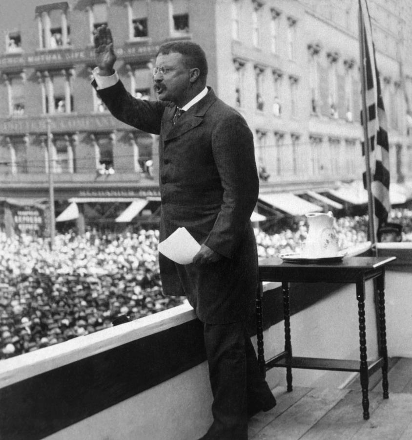 History Photograph - President Theodore Roosevelt Delivering by Everett