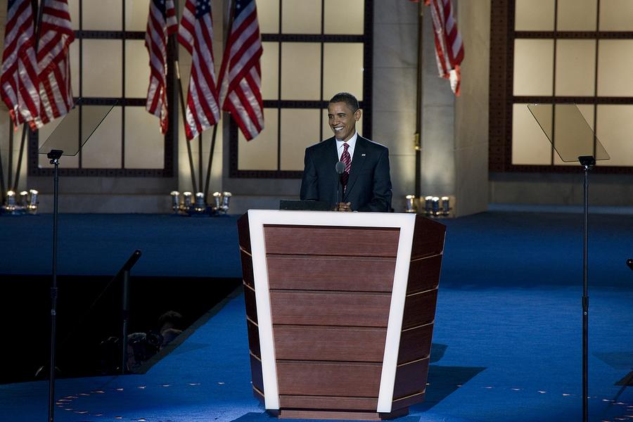 History Photograph - Presidential Candidate Barack Obama by Everett