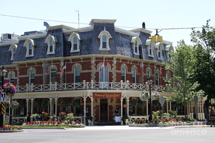 prince of wales hotel niagara on the lake photograph by. Black Bedroom Furniture Sets. Home Design Ideas