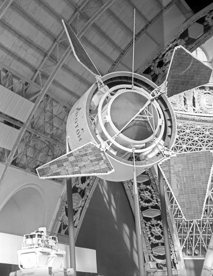 Proton 1 Photograph - Proton 1 Exhibition Display, 1967 by Ria Novosti