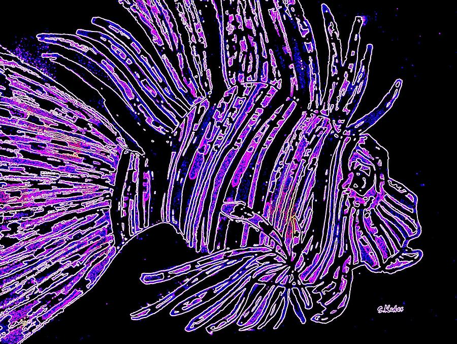 Lion Fish Digital Art - Purple Lion Fish by Susan Kubes