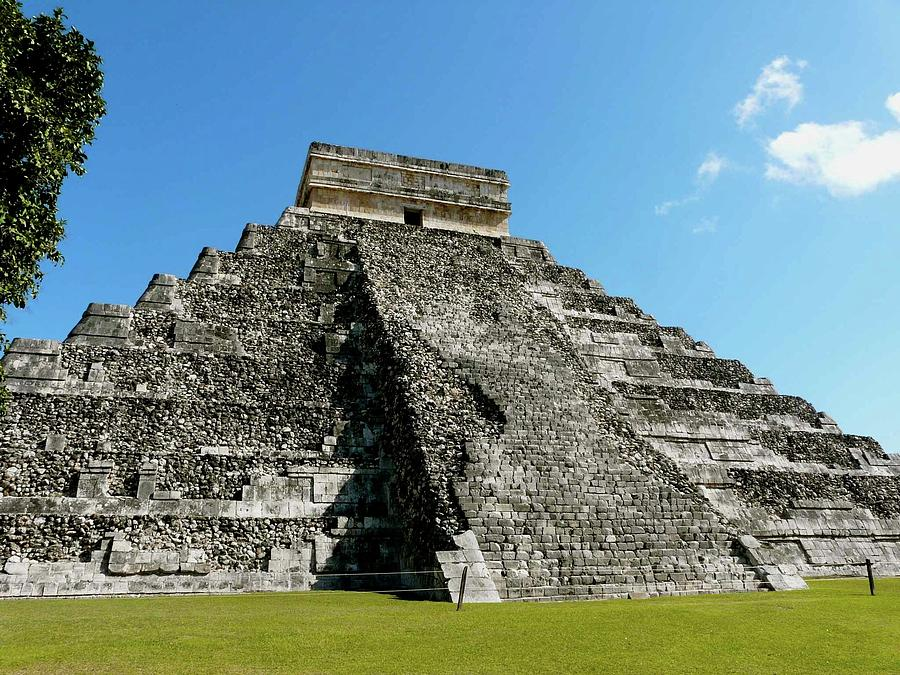Horizontal Photograph - Pyramid Of Kukulcan by Cute Kitten Images