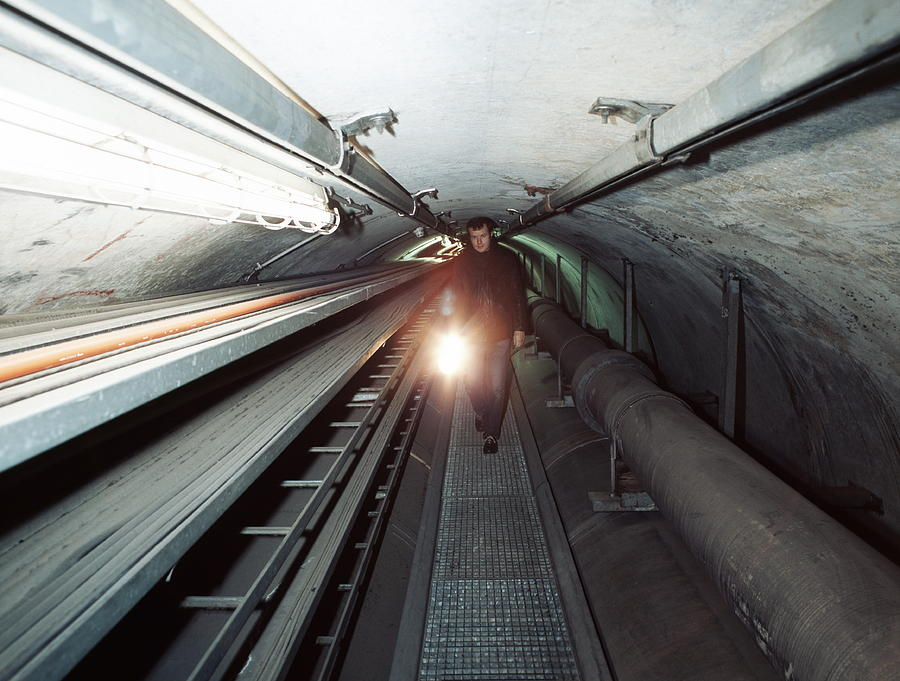 Physics Photograph - Quantum Entanglement Tunnel by Volker Steger