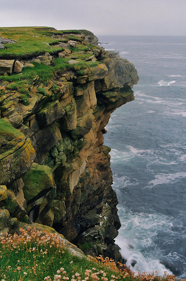 Cliffs Photograph - Quilver Taing by Steve Watson