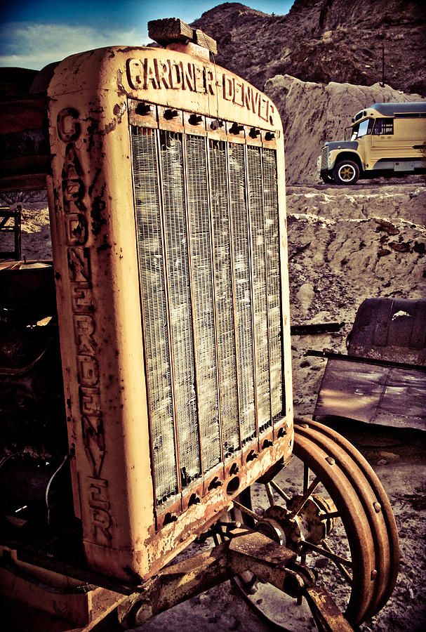 Old Photograph - Radiate by Merrick Imagery