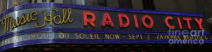 Lee Dos Santos Photograph - Radio City Music Hall Cirque Du Soleil Zarkana II by Lee Dos Santos