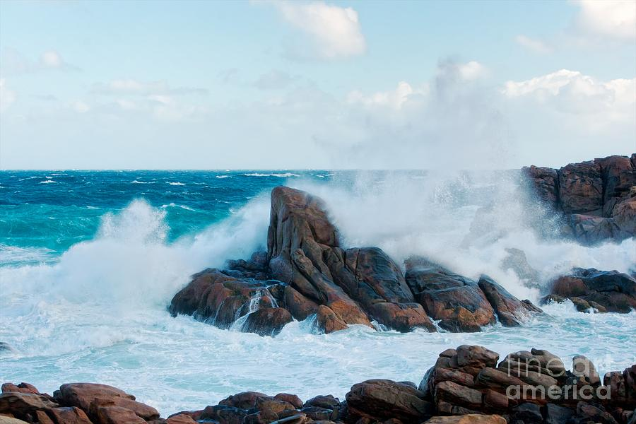 Rock Photograph - Raging Waves II - Colour by Hideaki Sakurai