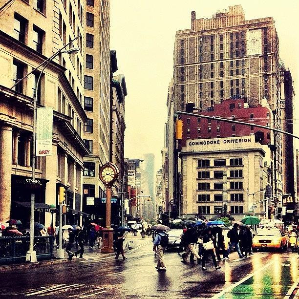 New York City Photograph - Rain - Flatiron District - New York City by Vivienne Gucwa