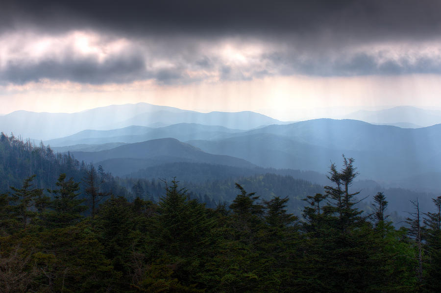 Smokey Mountains Photograph - Rays Of Light Over The Great Smoky Mountains by Pixel Perfect by Michael Moore