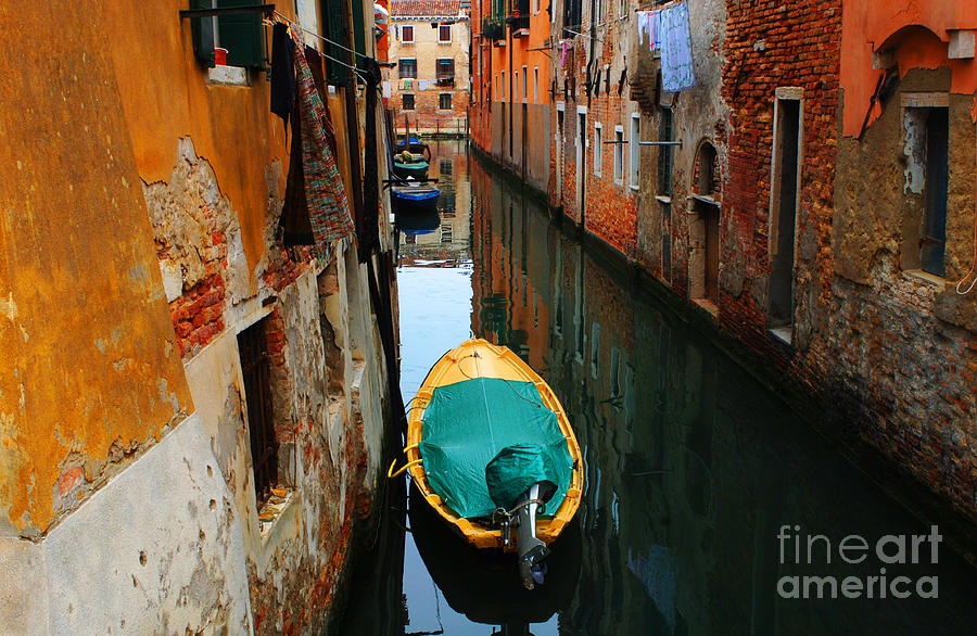 Italy Photograph - Reason To Return by Bob Christopher