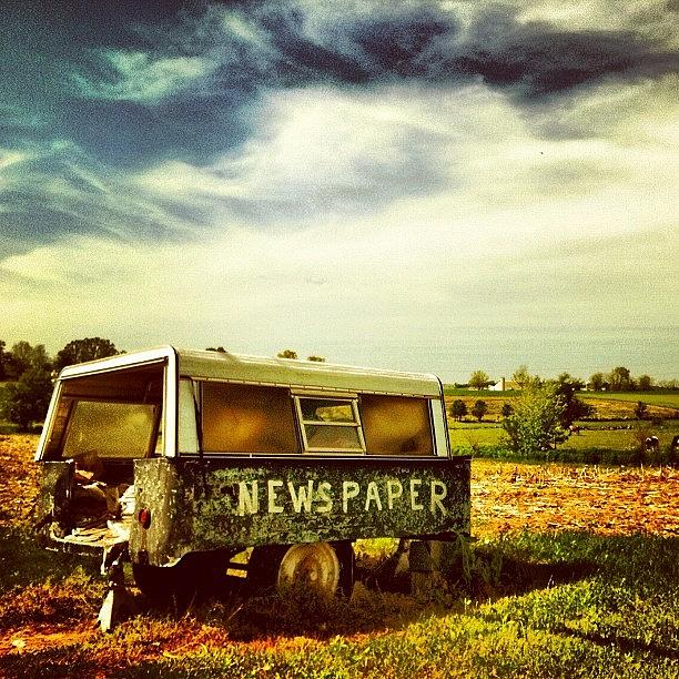 Pennsylvania Photograph - Recycling In The Country by Luke Kingma