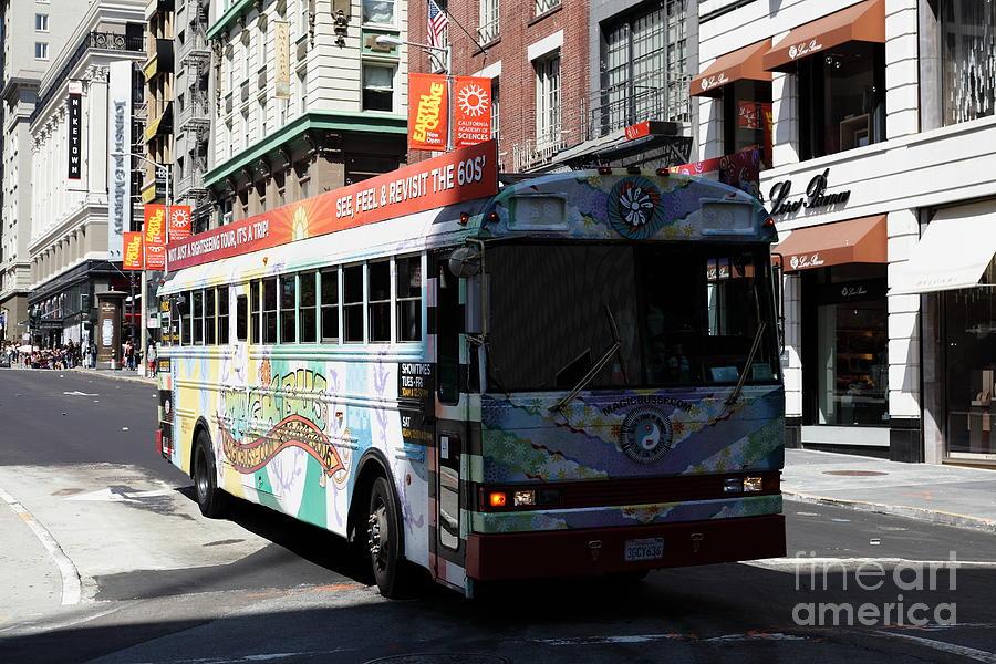 San Francisco Photograph - Retro 60s San Francisco Haight Ashbury Magic Bus - 5d18009 by Wingsdomain Art and Photography