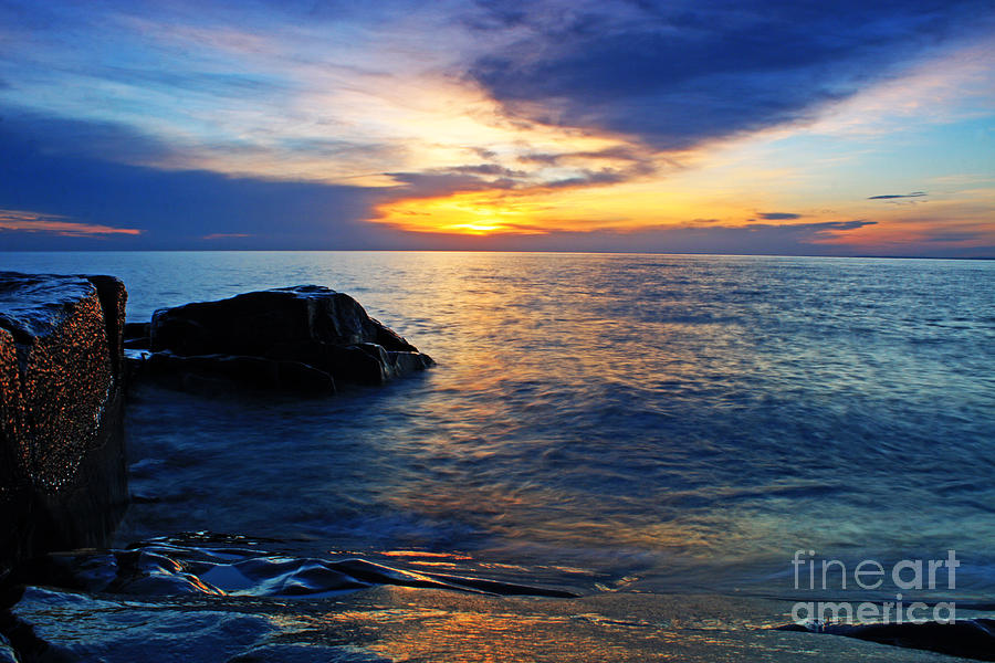 North Shore Photograph - Rise by Jamie Rabold