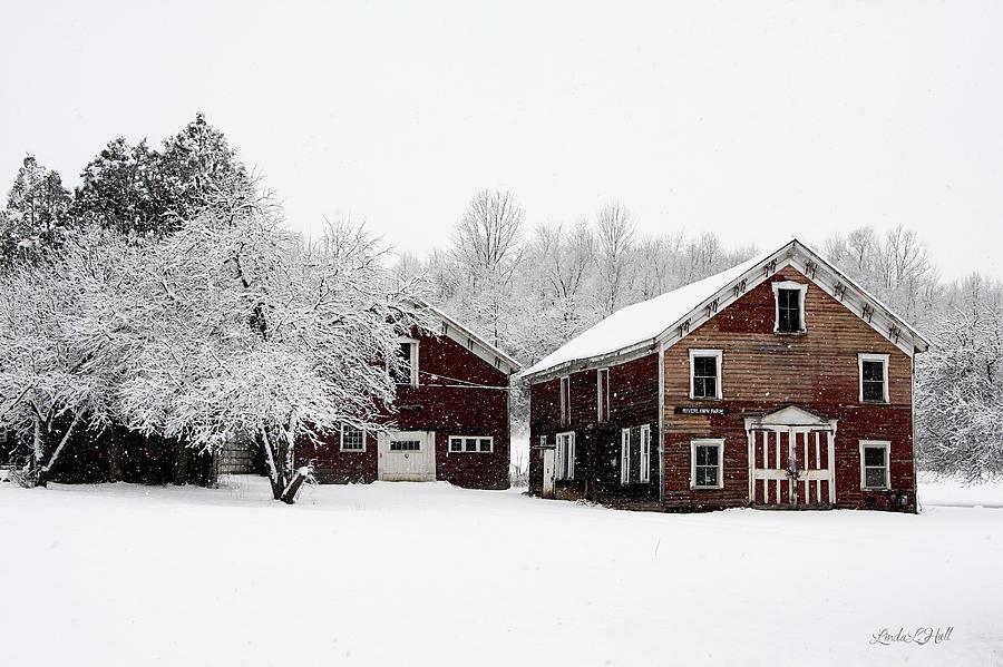 Barn Photograph - Riverlawn Farm 2 by Linda Lee Hall