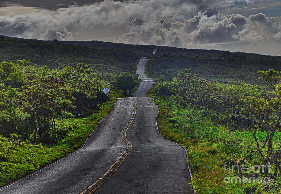 The scenic Road to Hana on Maui is the undisputed number one attraction on the island read this article to find out all you to need to know about this great adventure