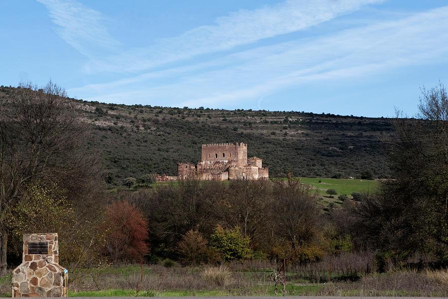 Toledo Photograph - Roadside Castle by Lorraine Devon Wilke