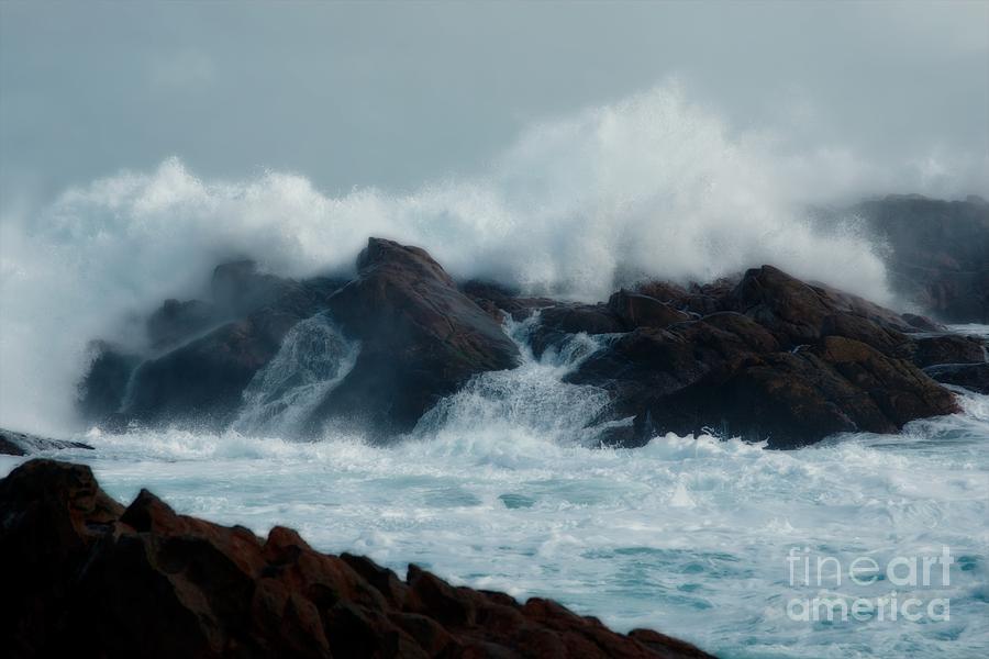 Sea Photograph - Roaring by Hideaki Sakurai
