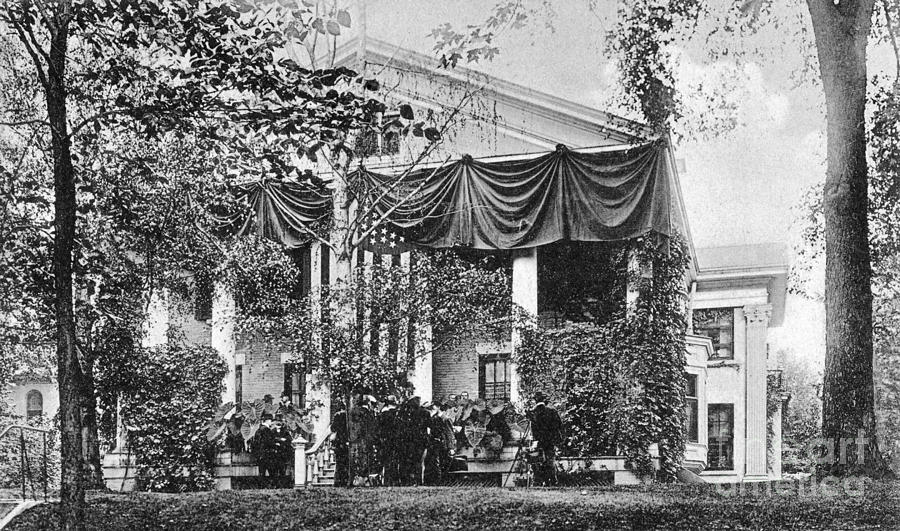 1901 Photograph - Roosevelt: Oath Of Office by Granger