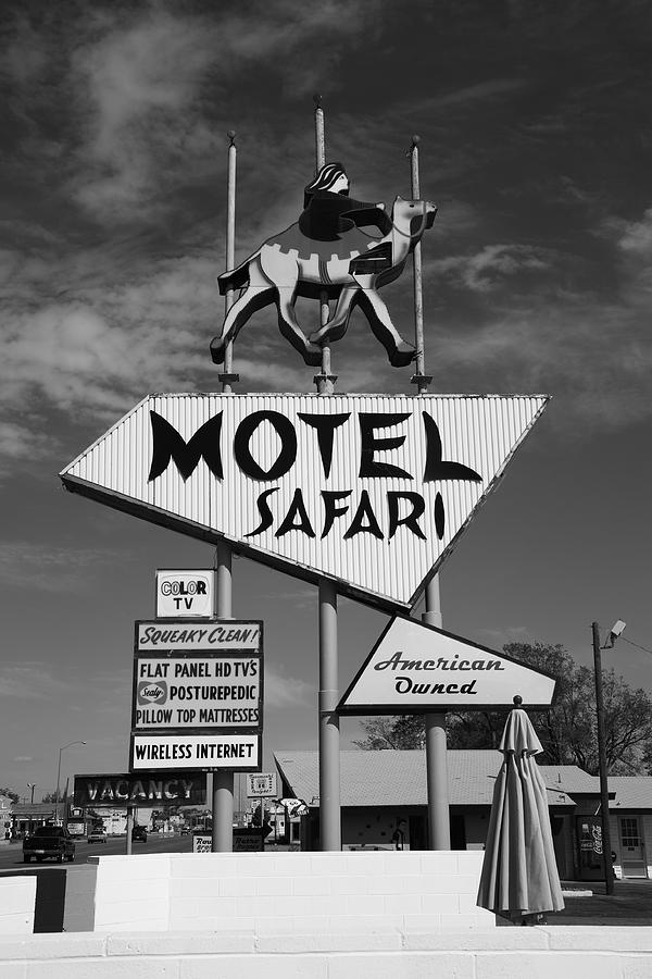 66 Photograph - Route 66 - Tucumcari New Mexico by Frank Romeo