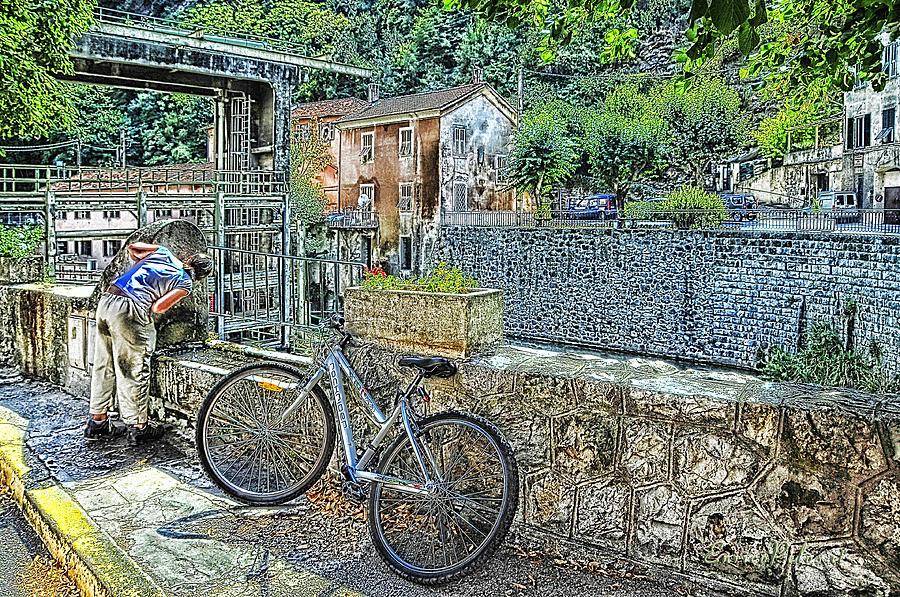 Fontana Photograph - Roya Valley Breil Sur Roya Drinking Before To Go by Enrico Pelos