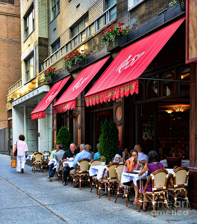 Rue 57 Photograph - Rue 57 Nyc by Paul Ward