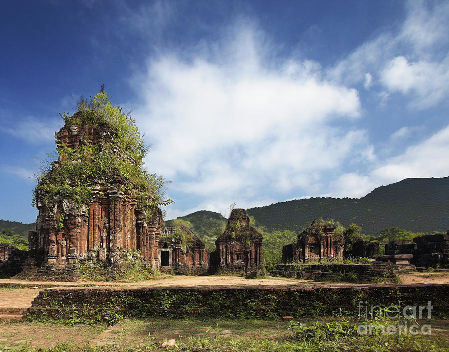 Abandoned Photograph - Ruins Of Hindu Temples by Skip Nall