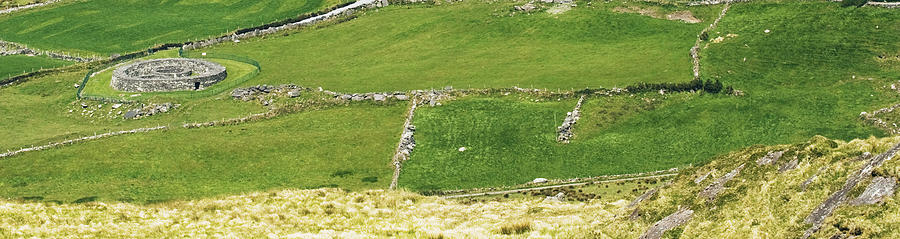 Chieftain Photograph - Ruins Of Irish Chieftains House Near Moll Gap Ireland by Larry Pegram