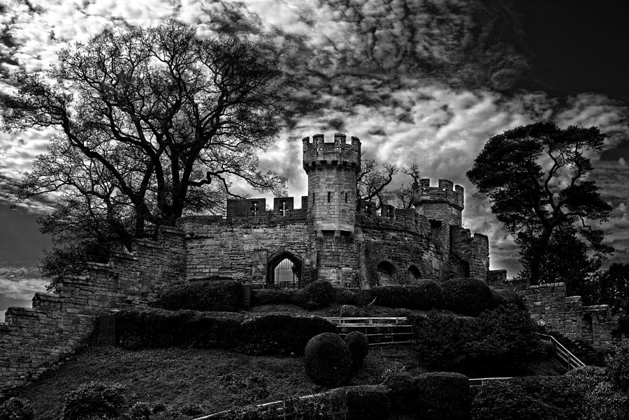 Print Photograph - Ruins Of Warwick In Black And White by Laura George