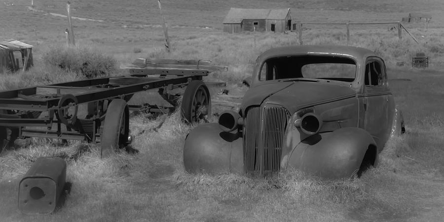 Bodie Photograph - Rusted Car by Richard Balison
