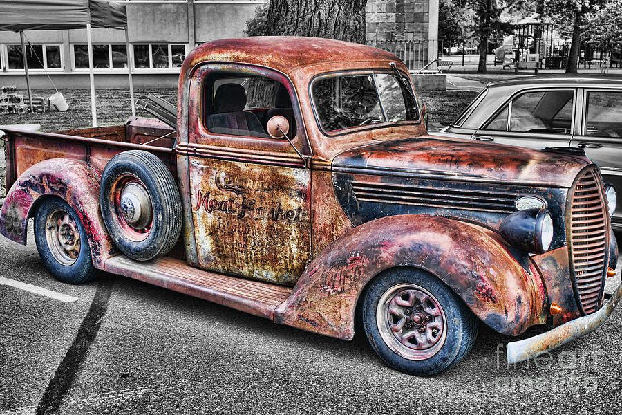 Rusty Old Truck Photograph by Randy Harris