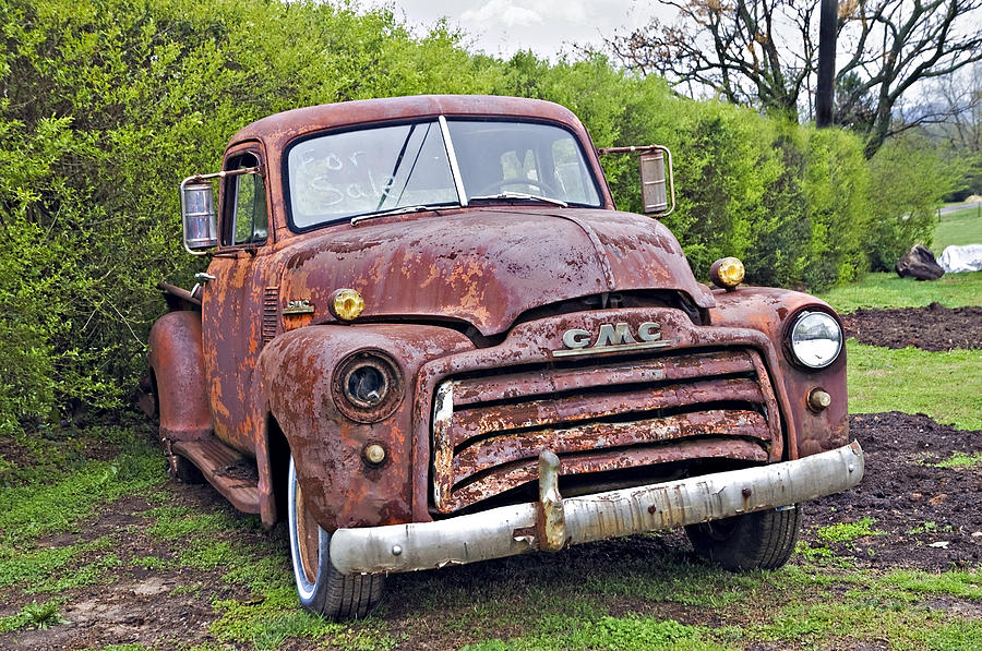 Truck Photograph - Sad Truck by Susan Leggett