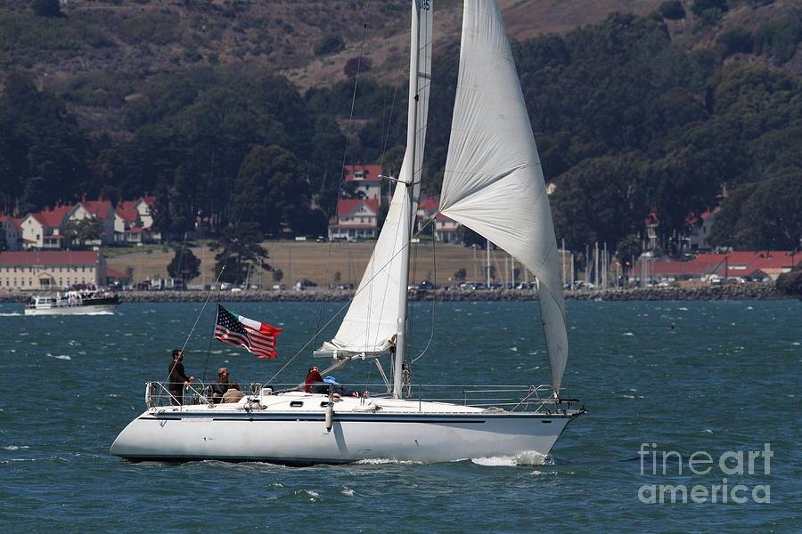 San Francisco Photograph - Sail Boats On The San Francisco Bay - 7d18326 by Wingsdomain Art and Photography
