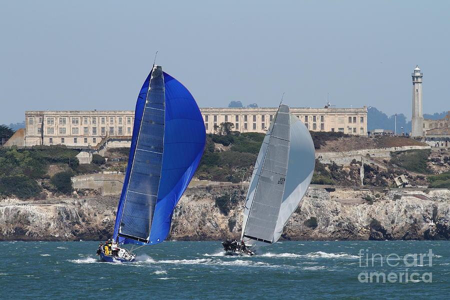 San Francisco Photograph - Sail Boats On The San Francisco Bay - 7d18360 by Wingsdomain Art and Photography