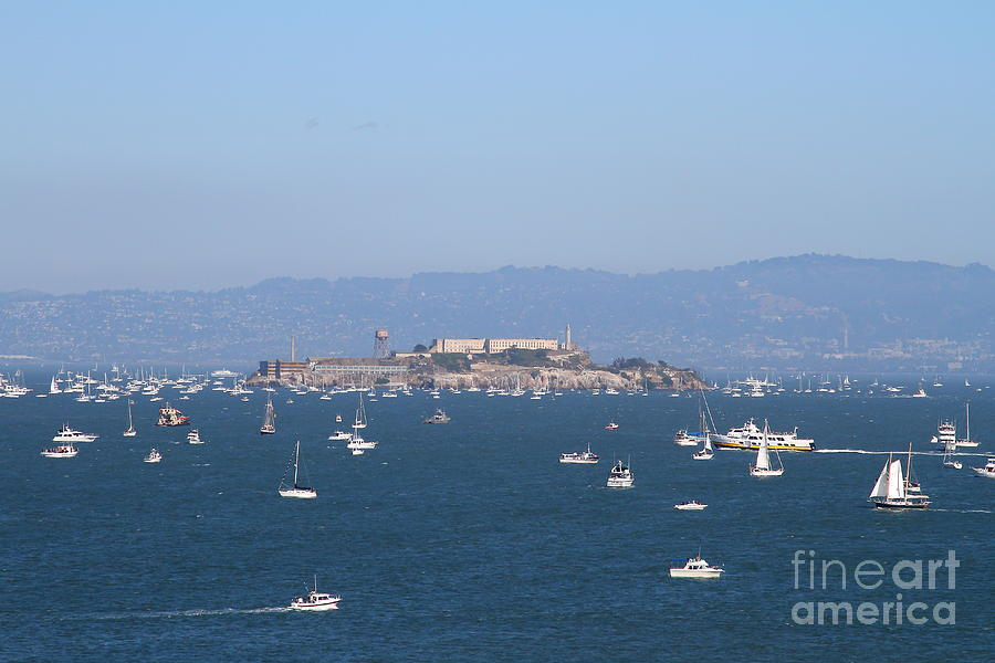 San Francisco Photograph - Sailboats In The San Francisco Bay Overlooking Alcatraz . 7d7862 by Wingsdomain Art and Photography