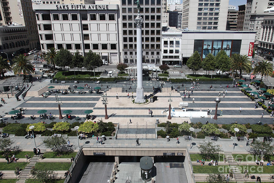 San Francisco Photograph - San Francisco - Union Square - 5d17942 by Wingsdomain Art and Photography