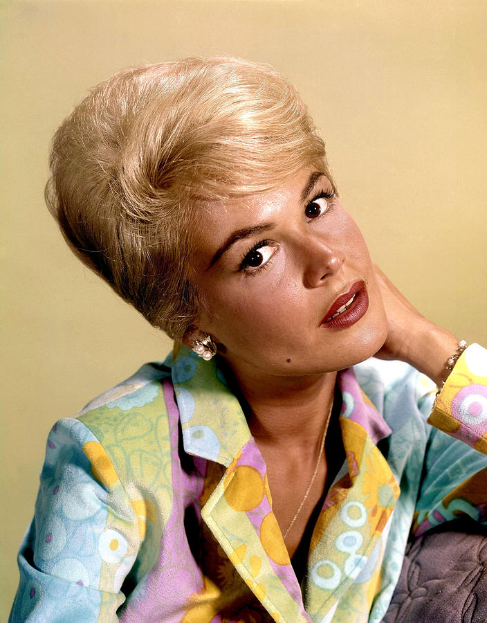 1960s Hairstyles Photograph - Sandra Dee, Ca. Early 1960s by Everett
