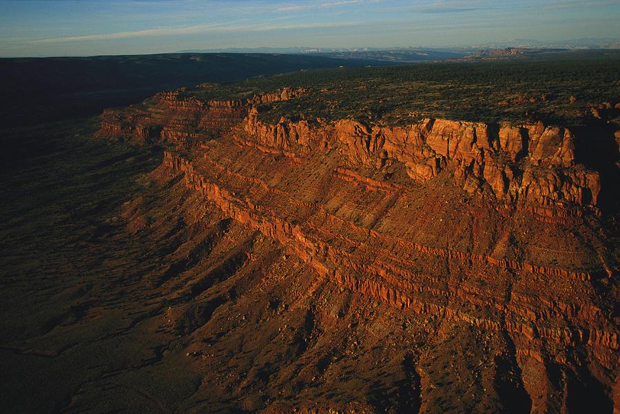 Sunlight Photograph - Sandstone-capped Escarpment by Melissa Farlow