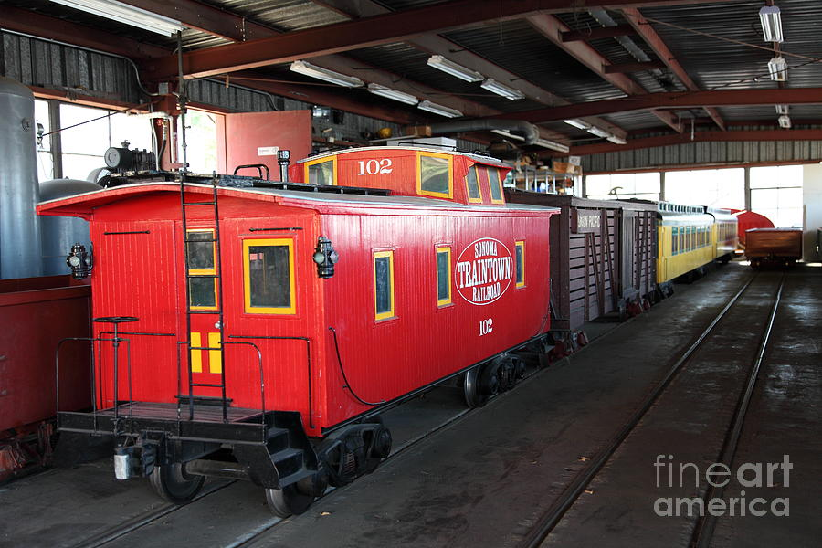 Sonoma Photograph - Scale Caboose - Traintown Sonoma California - 5d19240 by Wingsdomain Art and Photography