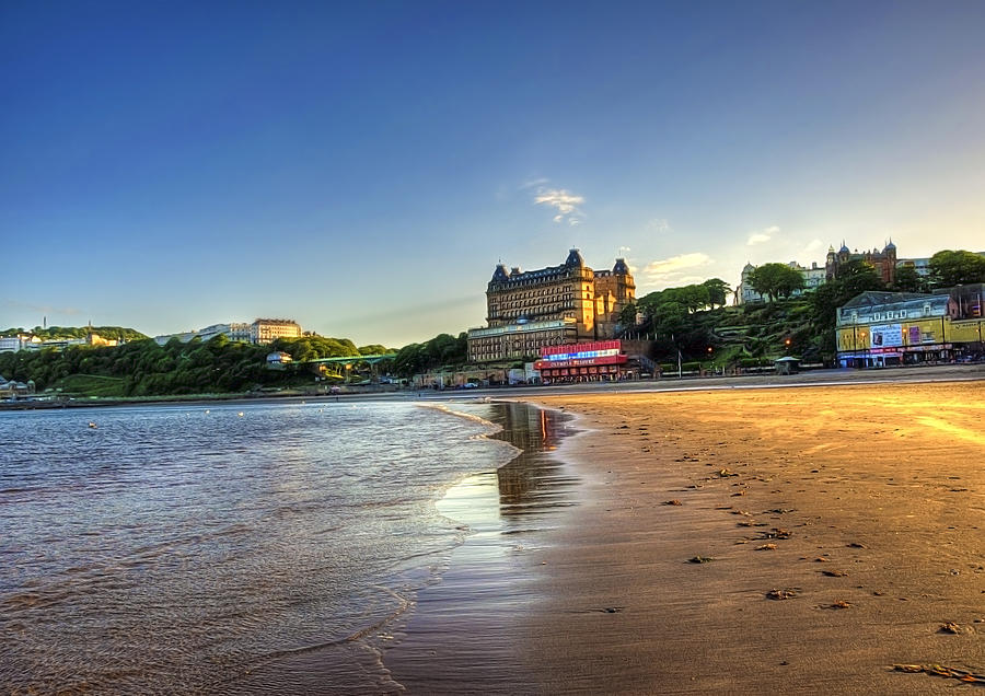 Scarborough Photograph - Scarborough Eve by Svetlana Sewell