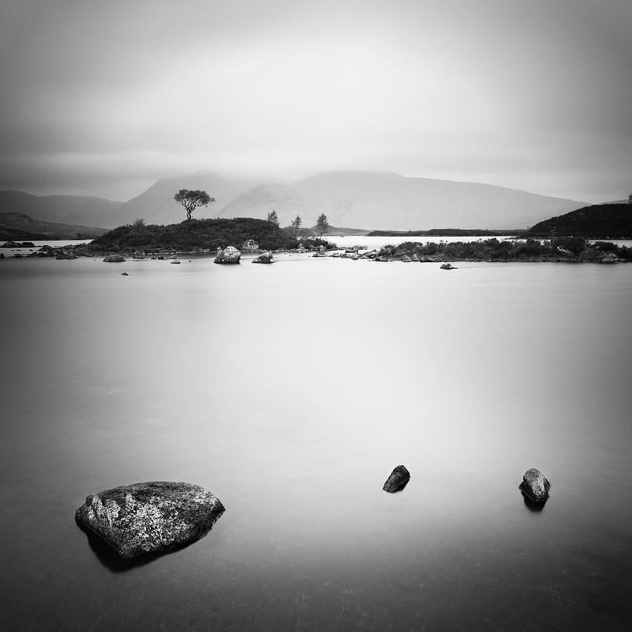 Scotland Photograph - Scotland Nah Achlaise by Nina Papiorek