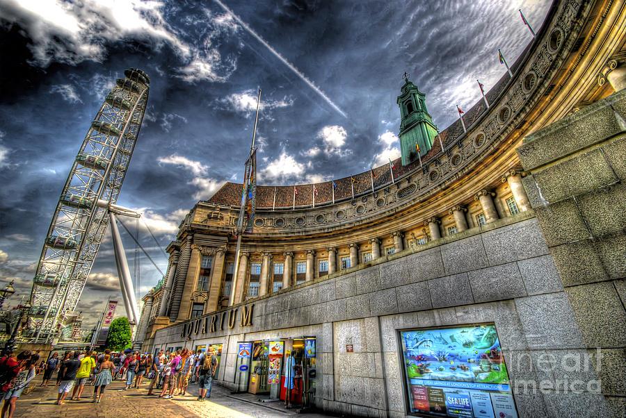 Hdr Photograph - Sea Life London Aquarium And London Eye by Yhun Suarez
