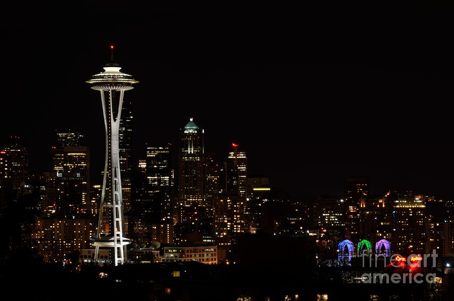 Seattle Photograph - Seattle At Night by Alan Clifford