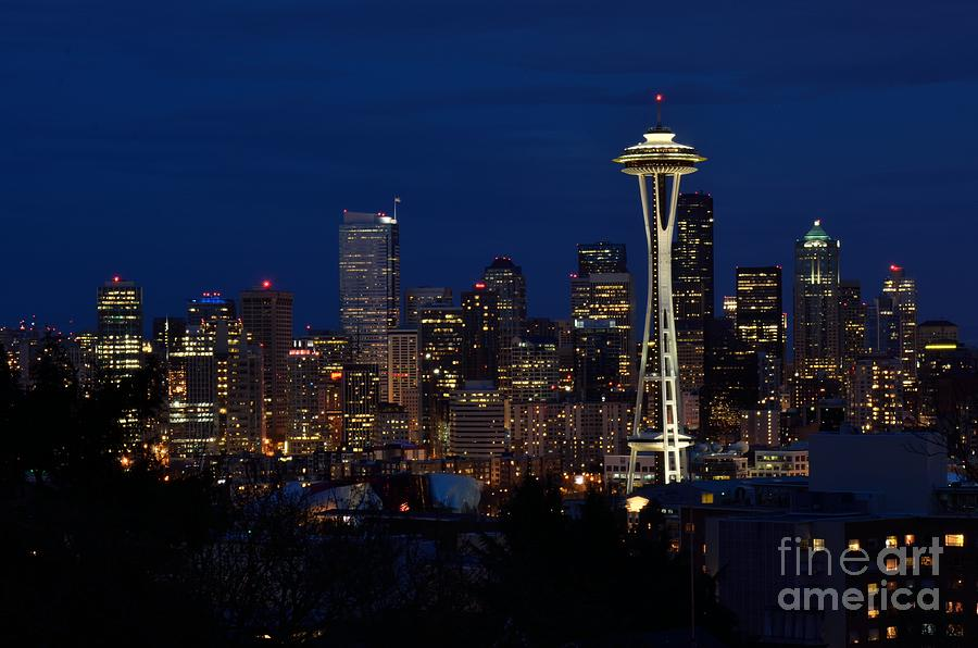 Seattle Photograph - Seattle In The Evening by Alan Clifford