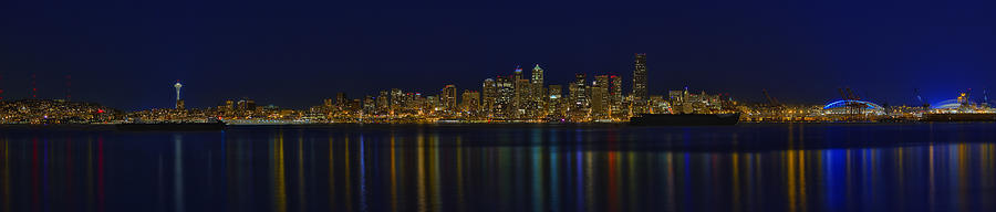 Seattle Photograph - Seattle Moody Blues by James Heckt