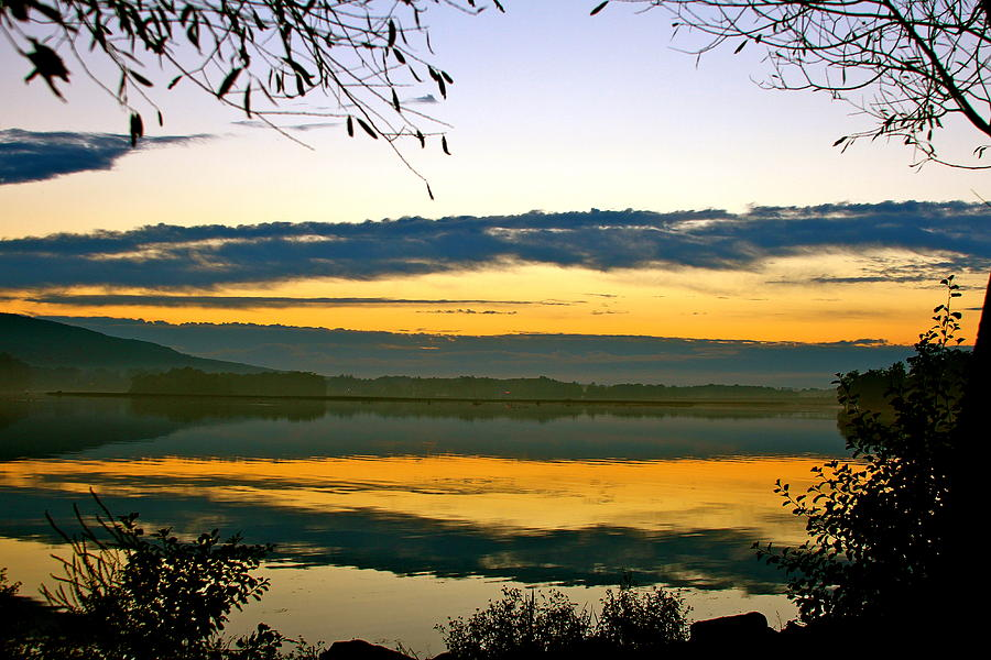 Sundown Photograph - Shades Of Sundown by Mike Stouffer