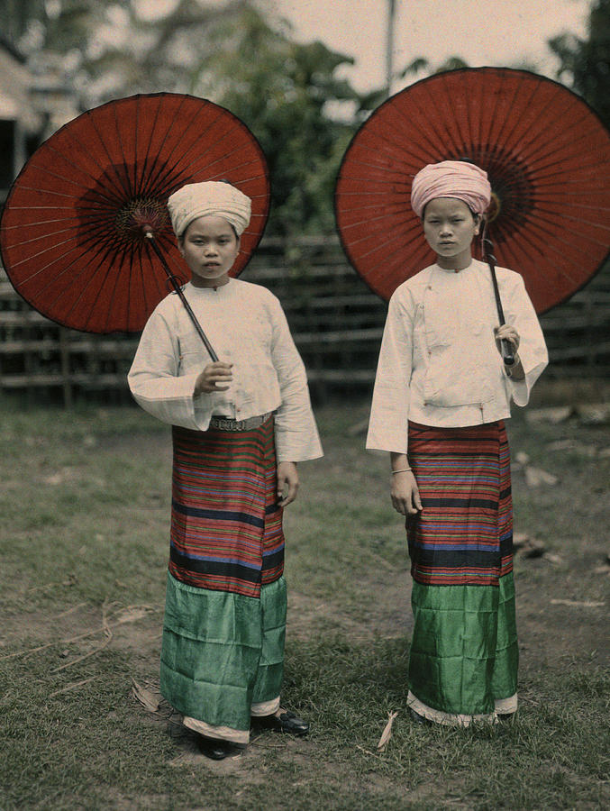 Day Photograph - Shan Women Wearing Traditional Colorful by W. Robert Moore